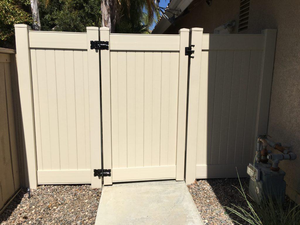 Tan vinyl gate