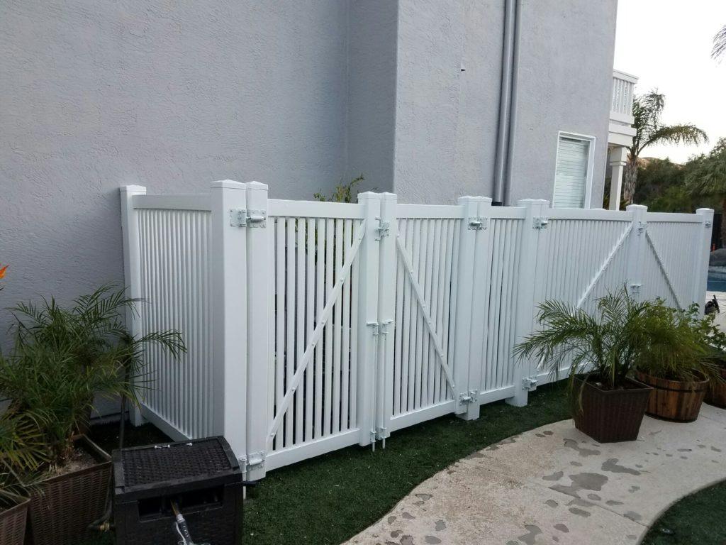 Vinyl Fence enclosure