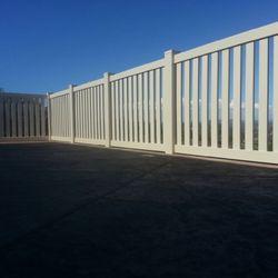 Tan Vinyl picket fence installed in Fallbrook Ca.