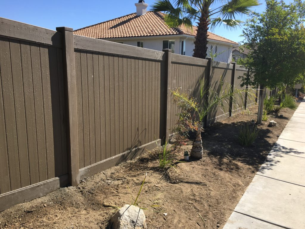 Woodland select Vinyl fence