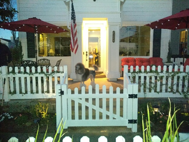 Vinyl picket fence installed in Temecula Ca.